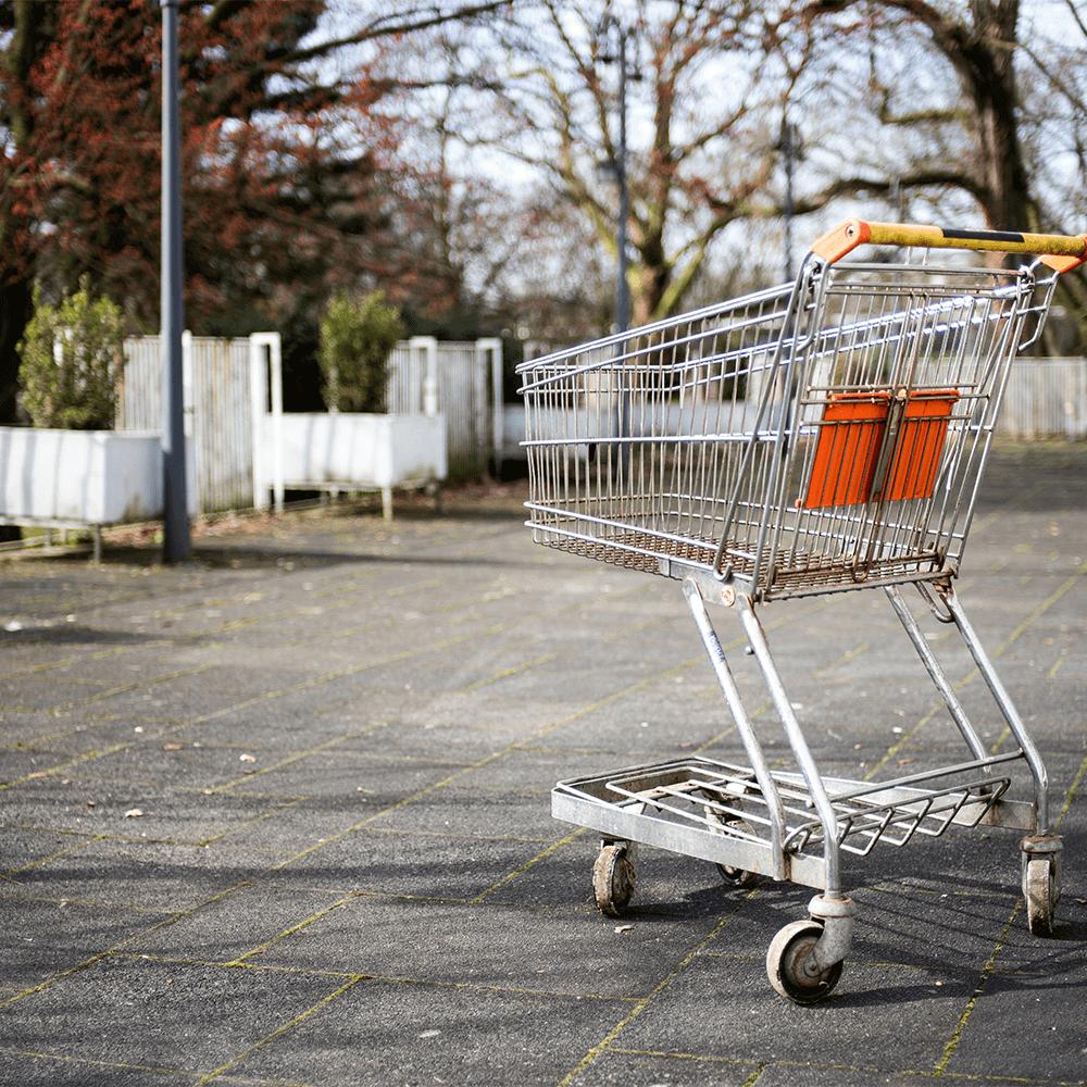 Bild: Einsamer Einkaufswagen