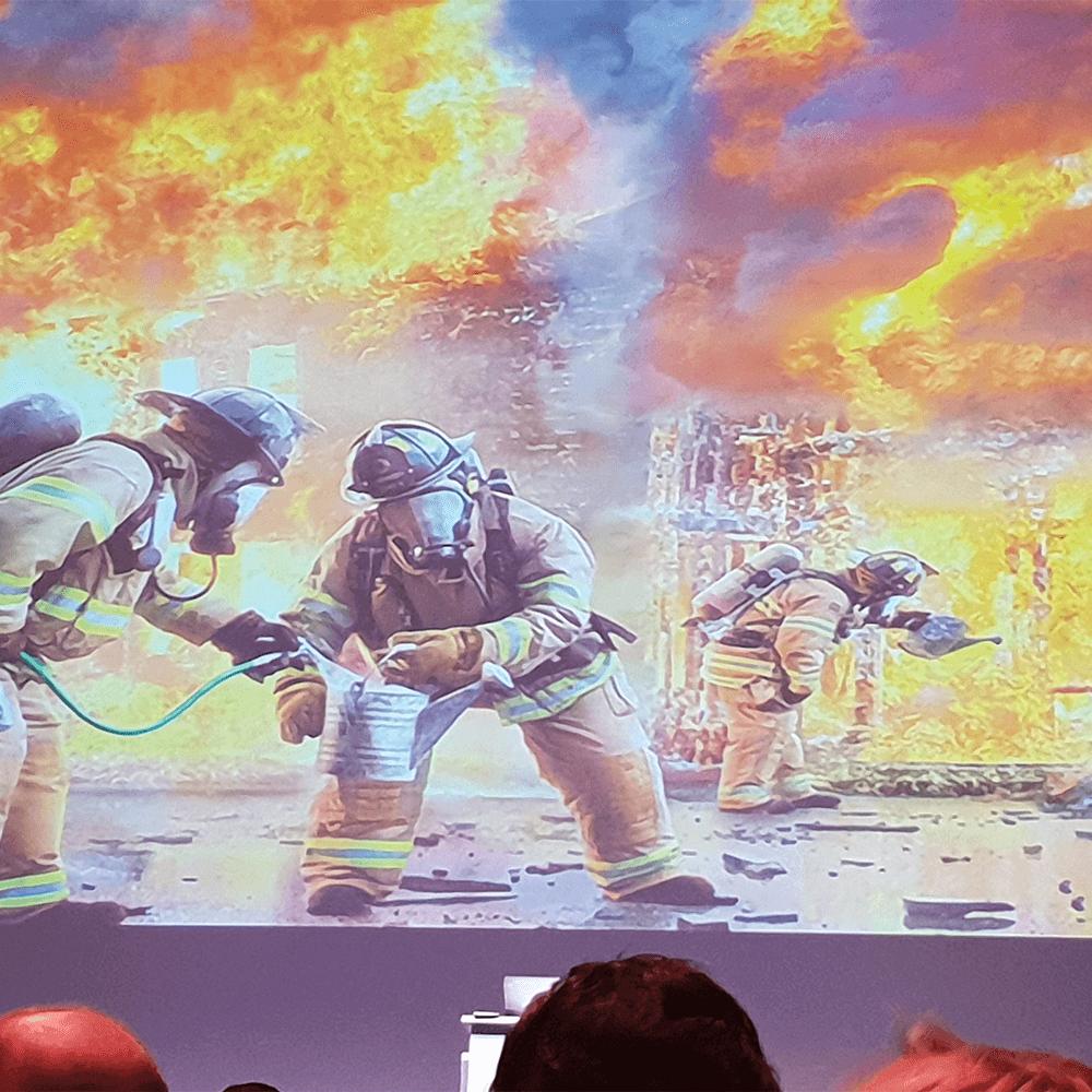 Bild: Slide auf der neuen Realität