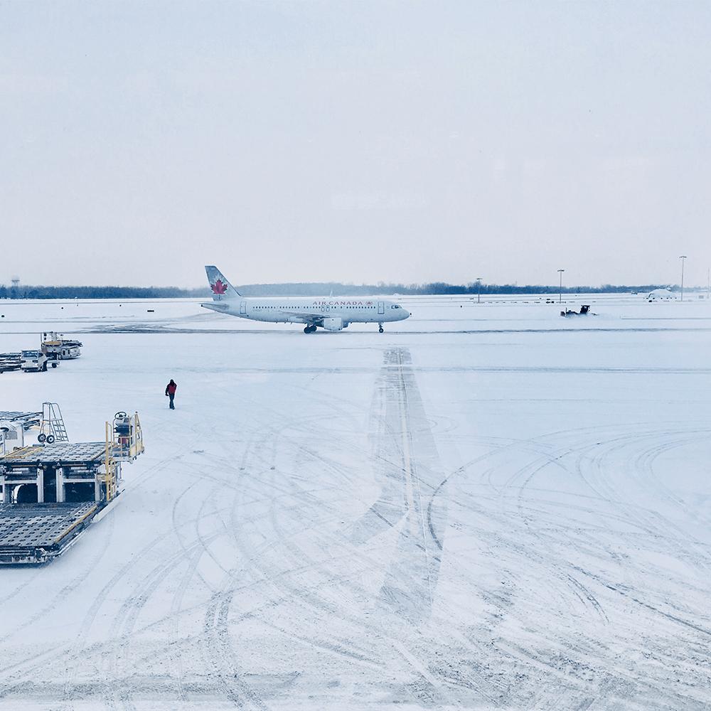 Bild: Vereiste Landebahn